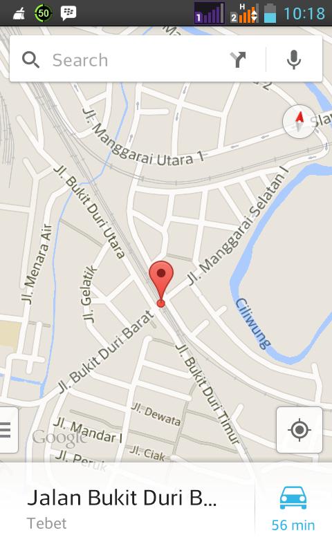 Perempatan Jl. Bukit Duri Utara - Bukit Duri Barat - Manggarai Selatan I. Pas di lintasan KA.